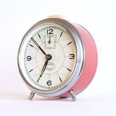 Alarm clock Eureka Repeat by ClockworkUniverse on Etsy, $35.00