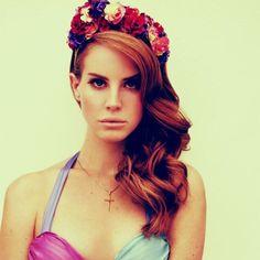Lana del Rey vincha de flores