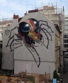 Graffiti artist Nychos has created this awesome spider mural, at the 'Mural Kick Off' for Knotenpunkt 14 urban art festival in Hamburg. 3d Street Art, Murals Street Art, Street Art Graffiti, Graffiti Murals, Best Street Art, Amazing Street Art, Art Mural, Street Artists, Amazing Art