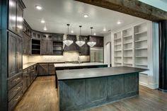 #dreamhome #interior #interiors #interiordesign #dfw #dallas #greenhome #customhome #architecture #kitchen #dreamkitchen #lighting #modern #design #moderndesign #kitchenisland