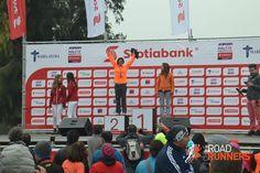 Felicitamos a nuestra socia Verónica Arriagada, premio a la constancia 2014 en Road Runners, quien obtuvo el segundo lugar en su categoría en los 15km de Scotiabank. Muchas felicitaciones.