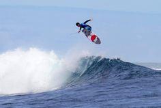 Gabby wins Fiji - Gabriel_Medina_Kirstin2