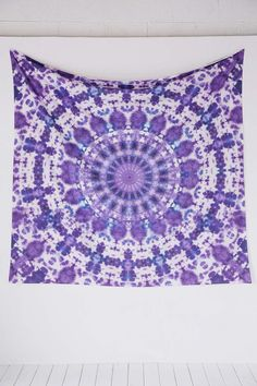 Magical Thinking Kasi Tie-Dye Tapestry - Urban Outfitters
