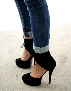 My favorite shoe ever if I could find these I would pay anything!!!!