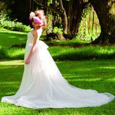 THE TREAT DRESSING:Reem Acra (リーム・アクラ) モデル梨花さん×TREAT コラボドレス