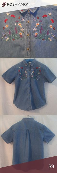 """Bobbie Brooks Embroidered Denim Shirt XL Here's a cute denim shirt with embroidered dragonflies and flowers by Bobbie Brooks. This garment is in good condition with only gentle wear.  With the garment laying flat measurements are 24"""" chest, 19"""" shoulders, 15"""" arm pit to bottom hem, 26"""" length, 25"""" waist, 9.5"""" sleeve. Bobbie Brooks Tops Button Down Shirts"""