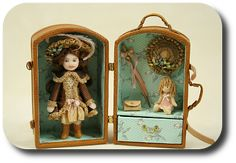CDHM artisan Jennifer Matuszek creates handmade sculpted dolls in dollhouse scale including porcelain dolls and character dolls Victorian Dolls, Antique Dolls, Vintage Dolls, Porcelain Dolls Value, Porcelain Dolls For Sale, Fine Porcelain, Porcelain Tiles, Tiny Dolls, New Dolls