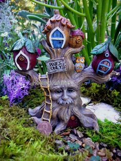 Best DIY Fairy Furniture - ideas and images Fairy Tree Houses, Clay Fairy House, Fairy Village, Fairy Garden Houses, Gnome House, Garden Gnomes For Sale, Small Garden Gnomes, Gnome Garden, Clay Fairies