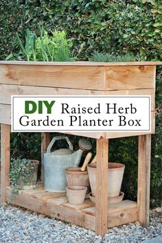 EASY DIY Raised Garden Planter Box! Check out this DIY herb garden planter!--->#maisondecinq planterbox DIY DIYplanterbox raisedgarden raisedgardenplanter herbgarden raisedherbgarden raisedplanterbox herbgardenplanter Raised Herb Garden, Herb Garden Planter, Herb Garden Design, Beer Garden, Garden Ideas, Backyard Pool Designs, Home Landscaping, Small House Decorating, Decorating Tips