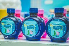 Garrafinha de água personalizada como lembrança da festa do George da Peppe Pig!