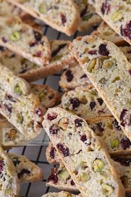 Bake for Happy Kids: Cranberry Pistachio Biscotti Cranberry Almond Biscotti, Pistachio Biscotti, Pistachio Cookies, Best Biscotti Recipe, Gingerbread Biscotti Recipe, Almond Bread, Christmas Biscuits, Christmas Cooking, Xmas Food