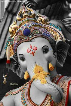 Shri Ganesh Images, Ganesh Chaturthi Images, Ganesha Pictures, Lord Krishna Images, Clay Ganesha, Ganesha Art, Ganesha Sketch, Ganpati Picture, Ganpati Bappa Wallpapers