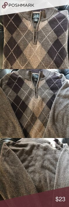 Jos.A.Bank Zip-Up Sweater XXL Very cozy sweater with light, medium, and dark brown color. Has some pilling but still in great condition! Sweaters Zip Up