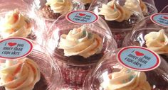 TheFabEvent: Cupcakes dome Wedding Favors