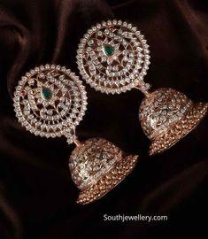 Jewelry Design Earrings, Gold Earrings Designs, Gold Jewellery Design, Gold Jewelry, Gold Designs, Necklace Designs, Jewelery, Diamond Earrings Indian, Diamond Jhumkas