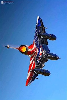 """planesawesome: """"Nice Paint On The Mirage """" Aircraft - Aircraft art - Aircraft design - vi Airplane Fighter, Airplane Art, Fighter Aircraft, Military Jets, Military Aircraft, Air Fighter, Fighter Jets, Photo Avion, Dassault Aviation"""