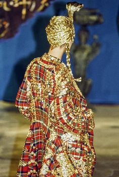 John Galliano Fall 1997 Ready-to-Wear Fashion Show Details