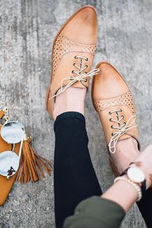 Oxford Shoes For Women Oxford Shoes Outfit, Women Oxford Shoes, Dress Shoes, Women's Shoes, Sweet Style, My Style, Grunge, Johnston Murphy, Looking For Women