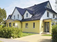 Ferienhaus Dünenhof 3 Style At Home, Mansions, House Styles, Kind, Home Decor, Patio, Cottage House, Vacation Travel, Decoration Home
