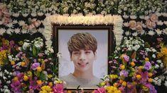 R.I.P Jonghyun, I hope, your life is better now and you've got no problems any more