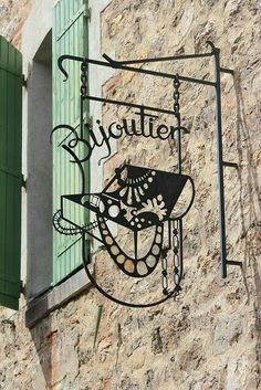 Shop Signage, Metal Signage, Commercial Signs, Pub Signs, Sign Display, Beaux Villages, Iron Art, Shop Fronts, Business Signs