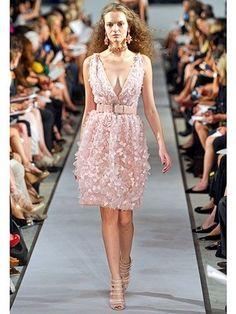 Oscar De La Renta Runway Petal Embroidered Silk Gown Dress BNWT 14 US 10 IT 46