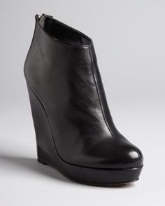 Dolce Vita wedge platform ankle #boots in #black. #style #shoes #bloomingdales