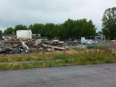 Achterkant bijna verdwenen Neerhofschool 9 Neerhofstraat 3 Zevenbergen (13-7-2015)