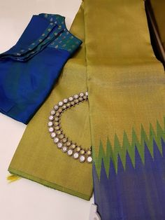 Artistic Saree Designs and IDiscover thousands of images about Sarees with antique oxidised jewelryMehendi green butta blouse for peacock blue wedding sareeBored Of Your Sarees? Try This Artistic Collection Cotton Saree Designs, Saree Blouse Neck Designs, Simple Blouse Designs, Trendy Sarees, Stylish Sarees, Fancy Sarees, Cotton Saree Blouse, Silk Sarees, Indian Sarees