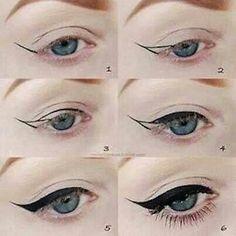 Vintage 'wing' eyeliner