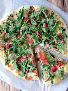 Pear, Prosciutto and Arugula Pizza - total yumminess in every bite! | YummyAddiction.com