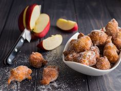 Frittelle di mele e noci - ricetta di Nonna Tina