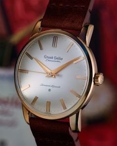 """Realised today that I'd not done a """"proper"""" shot of my recently arrived early carved dial Grand Seiko Chronometer """"First"""". Fine Watches, Sport Watches, Cool Watches, Watches For Men, Elegant Watches, Stylish Watches, Luxury Watches, Seiko Dress Watch, Custom Design Shoes"""