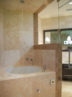 Waterfall filler for tub (but doesn't beat the infinity tub Lisa Ling has in her house) #bathroom