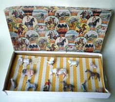 13 PC VINTAGE CRESCENT FARM SET BOXED NEW OLD STOCK  ON ORIG CARD UK 1950/60 #Crescent