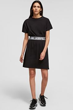Karl Lagerfeld Damen T-Shirt Kleid Logo Tape Schwarz | SAILERstyle Karl Lagerfeld, Logo, Black, Dresses, Fashion, Bags, Cotton, Gowns, Nice Asses