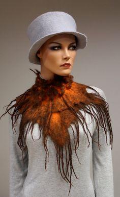 Wool scarf Collar 'Chocolate Persimmon' van doseth op Etsy, €50.00