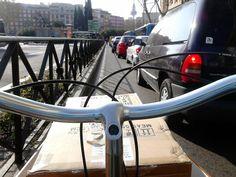 CICLISTAS URBANOS MADRILEÑOS: La bicicleta, ese conector con el mundo real.