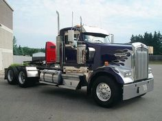 2004 tractor Kenworth USED 2004 KENWORTH W900L TANDEM AXLE DAYCAB FOR SALE IN WISCONSIN #Kenworth #truck