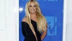 Britney bersemangat saat tahu pujaan hatinya akan kembali melajang | PT. Kontak Perkasa Futures Cabang Makassar Di wawancara tahun 2015 lalu, Britney bahkan mengatakan bahwa dirinya rela jika harus menjadi pengasuh dari anak-anak Pitt dan Jolie. Ia tuturkan keinginan tersebut agar bisa bertemu…