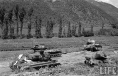 Us Armor, Korean Air, War Image, Ww2 Tanks, Life Photo, Vietnam War, World War Two, Art Google, Battle