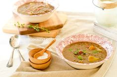 Vegan Lentil Stew Recipe: The onion and thyme definitely dominate the flavors in this stew, but the 'smokiness' of the lentils is never overpowered. Amish Recipes, Dutch Recipes, Raw Food Recipes, Great Recipes, Soup Recipes, Vegetarian Recipes, Cooking Recipes, Favorite Recipes, Healthy Recipes