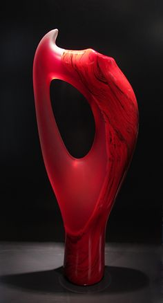 The Vilano is a dynamic sculptural form. I enjoy looking at the negative space and the curve of the tip of the piece.