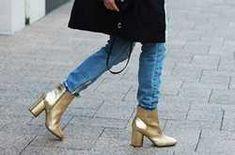Ne hagyd, hogy a sós latyak szétmarja a csizmád, ez a trükk segít - Ripost Zara, Ankle, Boots, Fashion, Crotch Boots, Moda, Wall Plug, Fashion Styles, Shoe Boot