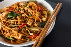 Recette: Spaghetti chinois Mets, Chow Chow, Dessert Recipes, Desserts, Chinese Food, Japchae, Stir Fry, Pasta Salad, A Food