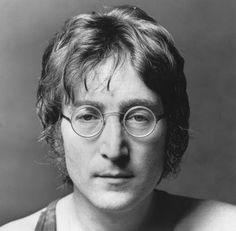 O Beatle John Lennon faria 70 anos no dia 9 de outubro, e para homenageá-lo, a UMAPAZ - Universidade Aberta do Meio Ambiente e Cultura de Paz, em parceria com a Secretaria Municipal do Verde e do Meio Ambiente, promove atividades no Parque Ibirapuera,com entrada Catraca Livre.