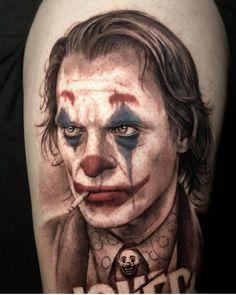 Gangsta Tattoos, Weird Tattoos, Body Art Tattoos, Hand Tattoos, Joker Images, Joker Pics, Joker Art, Vendetta Tattoo, Mago Tattoo