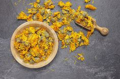 Uncommon Cooking Herbs are being used more and more both at home and in restaurants. Discover cooking herbs that you have never heard of and herb recipes. Herbal Remedies, Natural Remedies, Cooking Herbs, Soap Making Supplies, Herbal Extracts, Organic Herbs, Calendula, Alternative Health, Herbalism