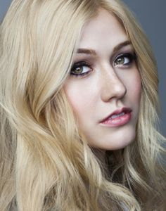 Top 10 Countries With The World's Most Beautiful Women (Pictures included) Katherine Mcnamara, Kat Mcnamara, Beautiful Eyes, Most Beautiful Women, Clary Und Jace, Clary Fray, Blonde Actresses, Cool Blonde Hair, Beautiful Actresses