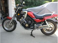 1986-Yamaha-FAZER-FZX700-Red-9685-0.jpg